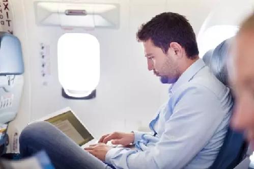 飞机上最好的座位其实是这里